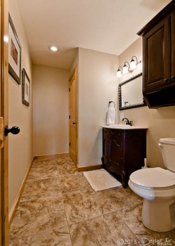 main level 1/2 bath and laundry room